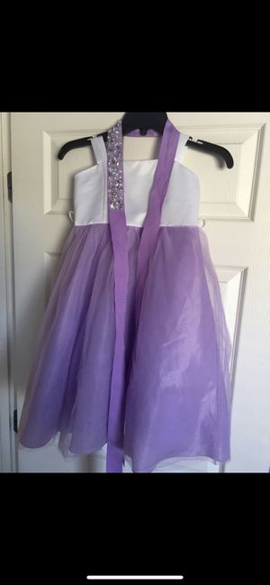 Beautiful Purple / White Toddler Dress Size 4/5 Included rhinestone belt and white sash. for Sale in Las Vegas, NV