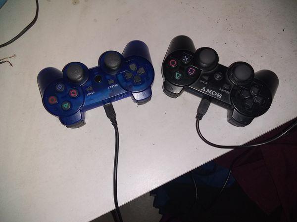 2 Controles para Play Station 3.