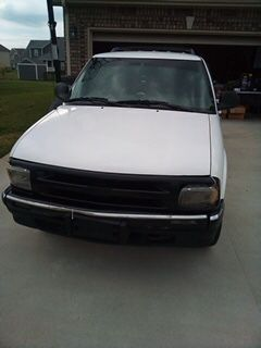 1996 Chevy blazer LS v-6 for Sale in Clarksville, TN