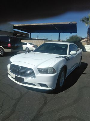 2013 dodge charger 🎃starting at $799 down payment 🎃 everyone is welcome 🎃 aqui su amigo jesus les ayuda for Sale in Glendale, AZ