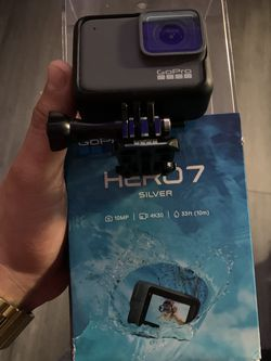GOPRO HERO 7 SILVER for Sale in Newark,  CA