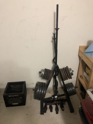 Weights and bench all for 125 for Sale in Austin, TX