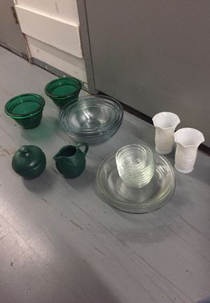 decorative kitchen glass and pyrex bowls for Sale in Santa Monica, CA