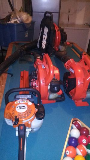 Lots of lawn care equipment for sale all for a $1000 u want to starte your own for Sale in Atlanta, GA