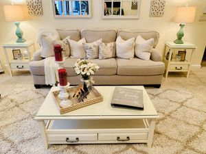 Coffee and end tables for Sale in Newark, CA