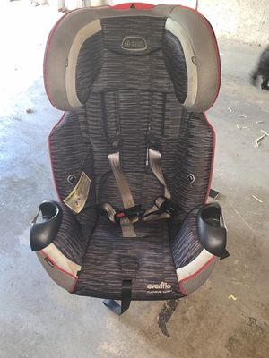 Car seat (Evenflo) for Sale in Bowie, MD