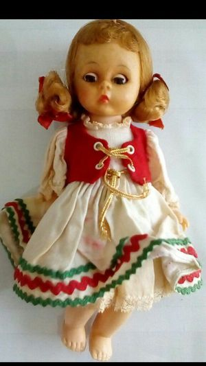 Antique doll. Alex collectible doll. Antique collectibles. Madam Alexander Hungarian doll for Sale in NEW PRT RCHY, FL