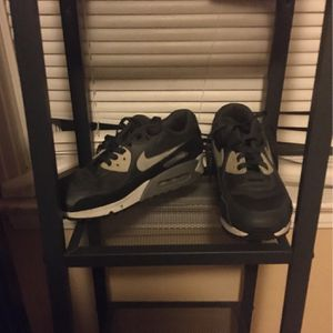 Nike Air Max Hit Me Up Best Offer for Sale in East Haven, CT