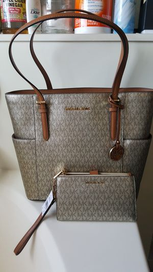 Michael kors for Sale in Tolleson, AZ