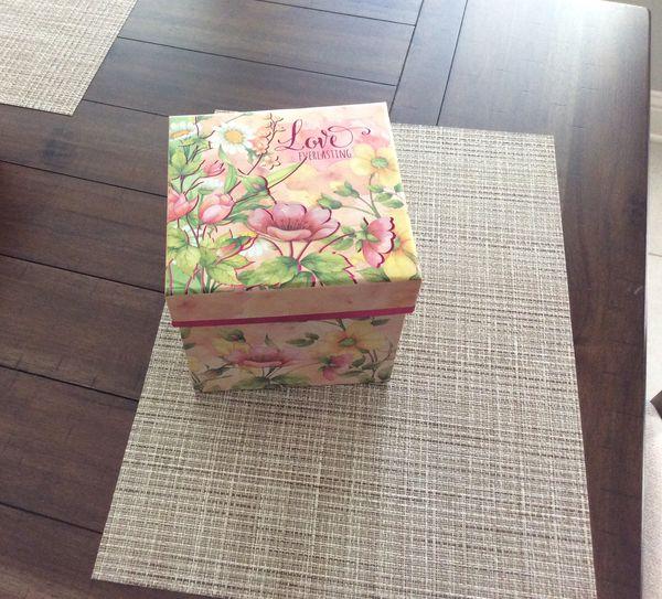 Fleur dis lis $5, Decorative box $2, Four piece dinner set $5