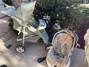 Car seat and stroller for Sale in Sacramento, CA