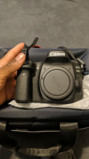Cannon eos 80D for Sale in Philadelphia, PA