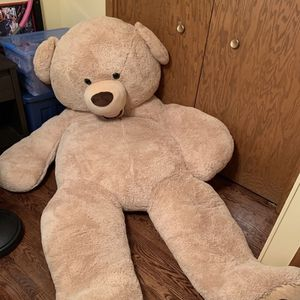 8ft Bear From Costco for Sale in Chicago, IL