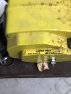 Electric winch 3500 PDs for Sale in Pompano Beach, FL