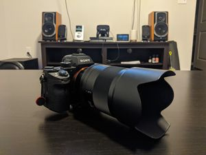 Sony A7rii Body and Zeiss 50mm 1.4 for Sale in NEW PRT RCHY, FL