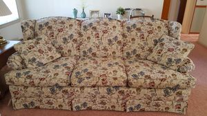 MUST SELL. Sofa, chair & ottoman for Sale in North Royalton, OH