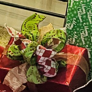 Present Wrapping And Custom Bows for Sale in Kerman, CA
