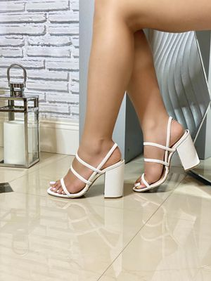 Strappy White Block Heels for Sale in Hialeah, FL