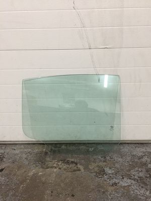 For sale any glass for any vehicle for Sale in Laurel, MD