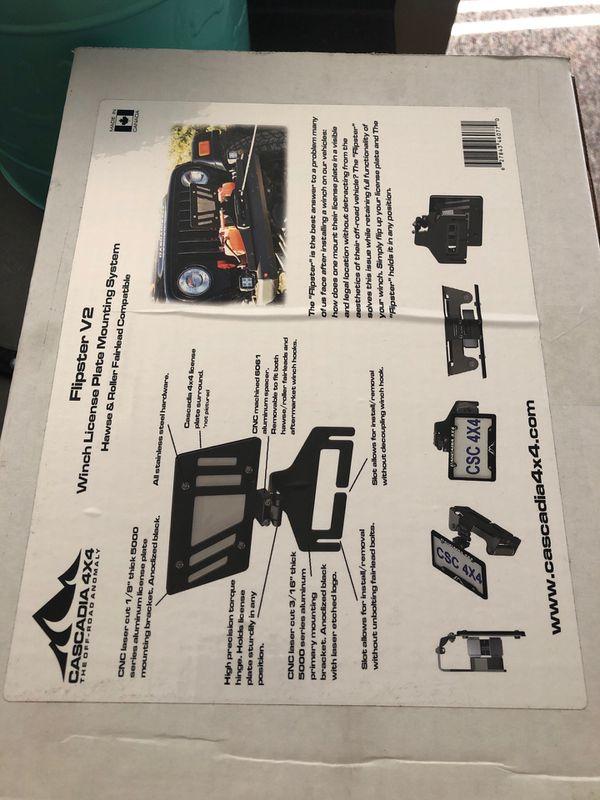 Cascadia 4X4 Flipster V2 license plate mount