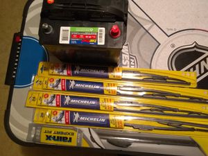 Battery and windshield wipers for Sale in Riverview, FL