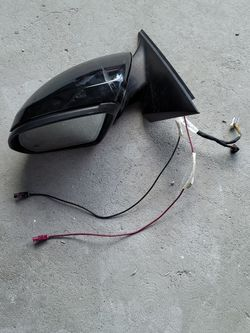 Mercedes Benz C300 Mirror for Sale in Compton,  CA