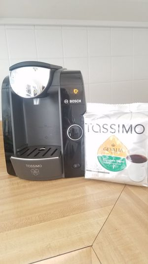 Tassimo Coffee, Cappuccino/Latte, Espresso Machine for Sale in St. Louis, MO