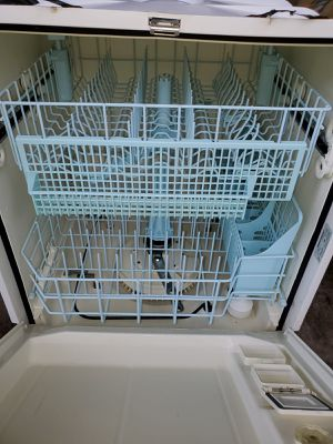 Dish washer Kenmore excellent clean condition for Sale in Dearborn, MI