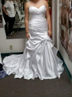 Wedding Dress for Sale in Washington, IL