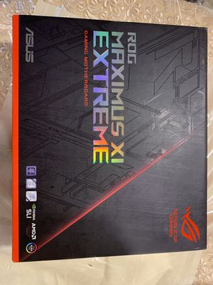 ASUS ROG Maximus XI Extreme z390 EATX for Sale in New York, NY
