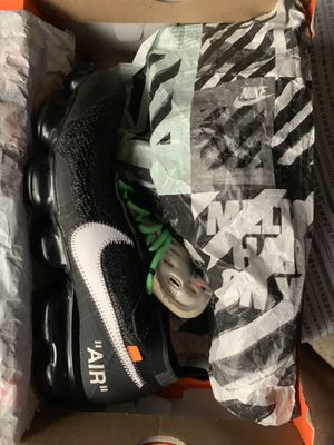 Off white vapormax for Sale in Dunlap, IL