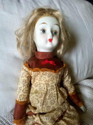 Antique/ Vintage Porcelain Doll for Sale in Killeen, TX
