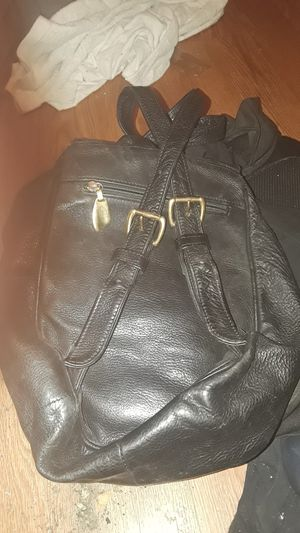 (1) LIBAIRE SMALL, BLACK, LEATHER BACKPACK/PURSE COMBO for Sale in Union City, CA
