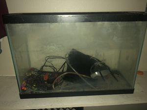 10 gallon aquarium for Sale in Fresno, CA