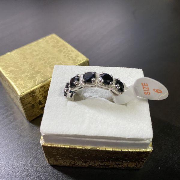 Size 6 Black Onyx & White Topaz Ring