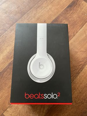 Beats Solo 2 Wired Headphones for Sale in San Bernardino, CA
