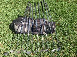 Taylor Made Mens Golf Clubs and Bag for Sale in Boynton Beach, FL