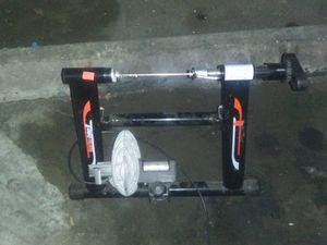 Indoor bike trainer for Sale in Los Nietos, CA