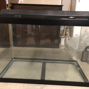 Aqueon 65 Gallon Aquarium With Light And Stand for Sale in San Jose, CA