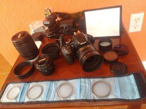 Cámara Nikon d3400 y accesorios for Sale in Homestead, FL