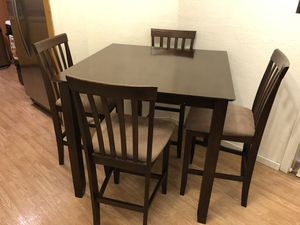 $150 - Counter Height 4 Seat Kitchen Table (Used) for Sale in Daly City, CA