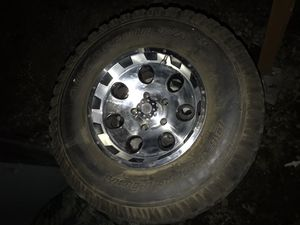 5 alloy 5x5's with 31's for Sale in Graham, WA