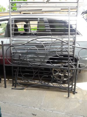 Bed frzme for Sale in Columbus, OH