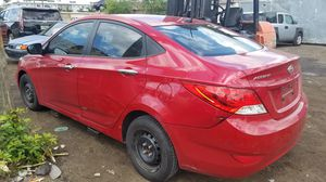 Hyundai accent for part out 2013 for Sale in Miami Gardens, FL