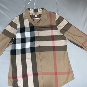Burberry Shirt for Sale in Cicero, IL
