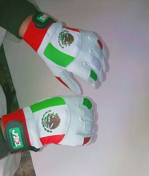 Baseball batting gloves for Sale in Los Angeles, CA