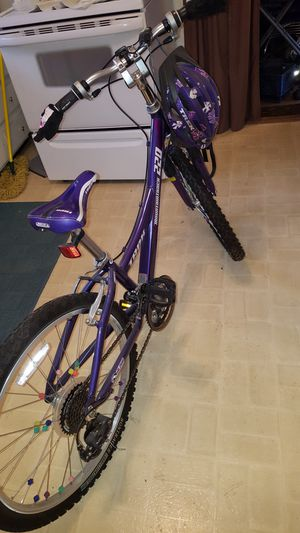 "Trek girl's mountain bike. 24"". 6 speed. for Sale in Lynchburg, VA"