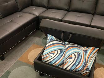 New 👑•Black Sectional w/ Storage Ottoman (2 Pillows includes) for Sale in Las Vegas,  NV