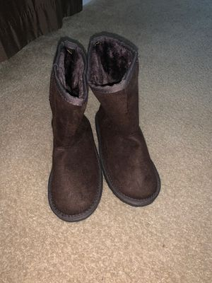 Size 3 girl boots for Sale in Raleigh, NC