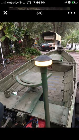 12'JOHN BOAT WITH 9.9 4stroke yamaha for Sale in St. Cloud, FL